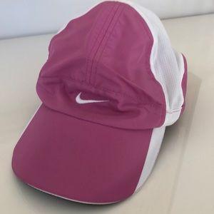 Ladies Nike Fit Dry Hat